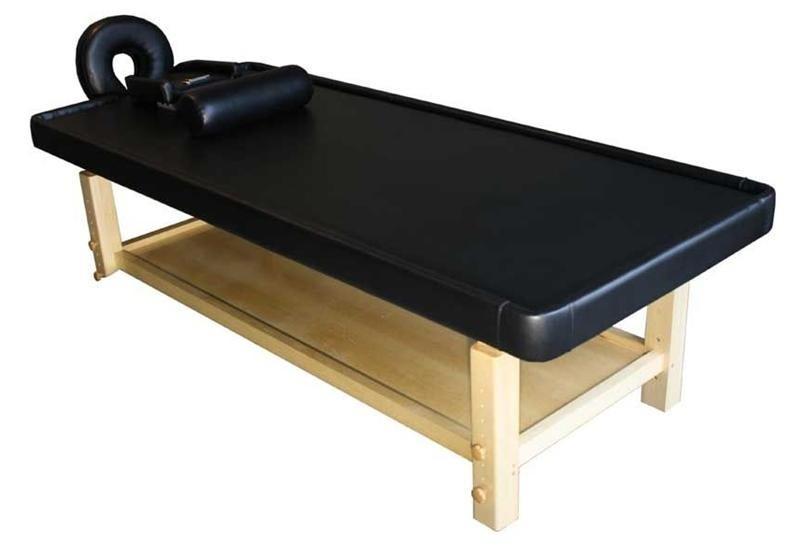 table pour massage ayurv dique bois clair matelas noir. Black Bedroom Furniture Sets. Home Design Ideas